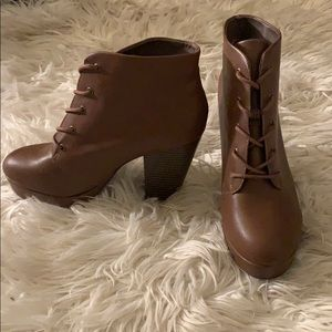 Mossimo brown lace up booties